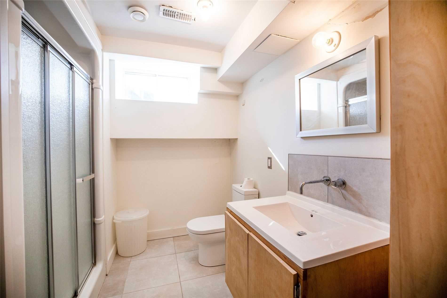 3021 Courtice Rd, Clarington, Ontario L1E2H8, 4 Bedrooms Bedrooms, 7 Rooms Rooms,4 BathroomsBathrooms,Detached,For Sale,Courtice,E5168131