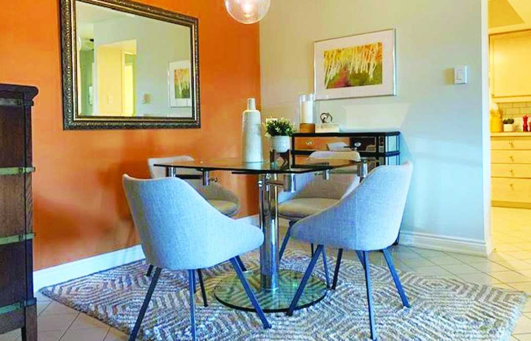 1093 Kingston Rd, Toronto, Ontario M1N4E2, 2 Bedrooms Bedrooms, 5 Rooms Rooms,2 BathroomsBathrooms,For Sale,Kingston,E4974237