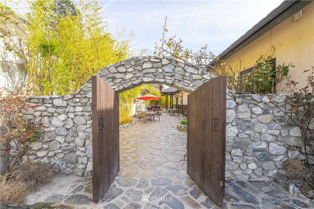 4740 Chelan Boulevard, Manson, Washington 98831, 4 Bedrooms Bedrooms, ,3 BathroomsBathrooms,Residential,For Sale,Chelan,NWM1752510