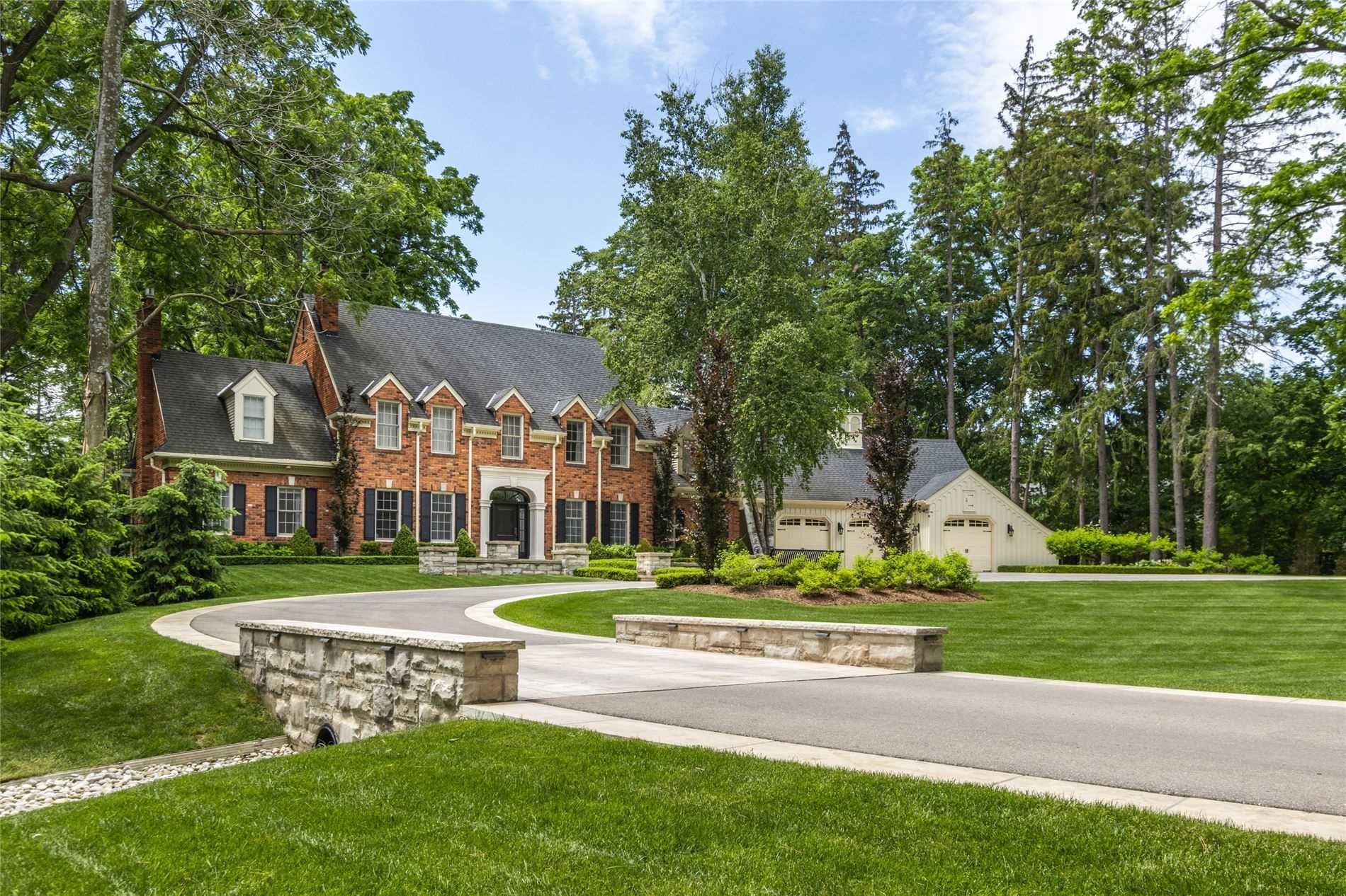 140 Chartwell Rd, Oakville, Ontario L6J3Z6, 5 Bedrooms Bedrooms, 19 Rooms Rooms,7 BathroomsBathrooms,Detached,For Sale,Chartwell,W4837395