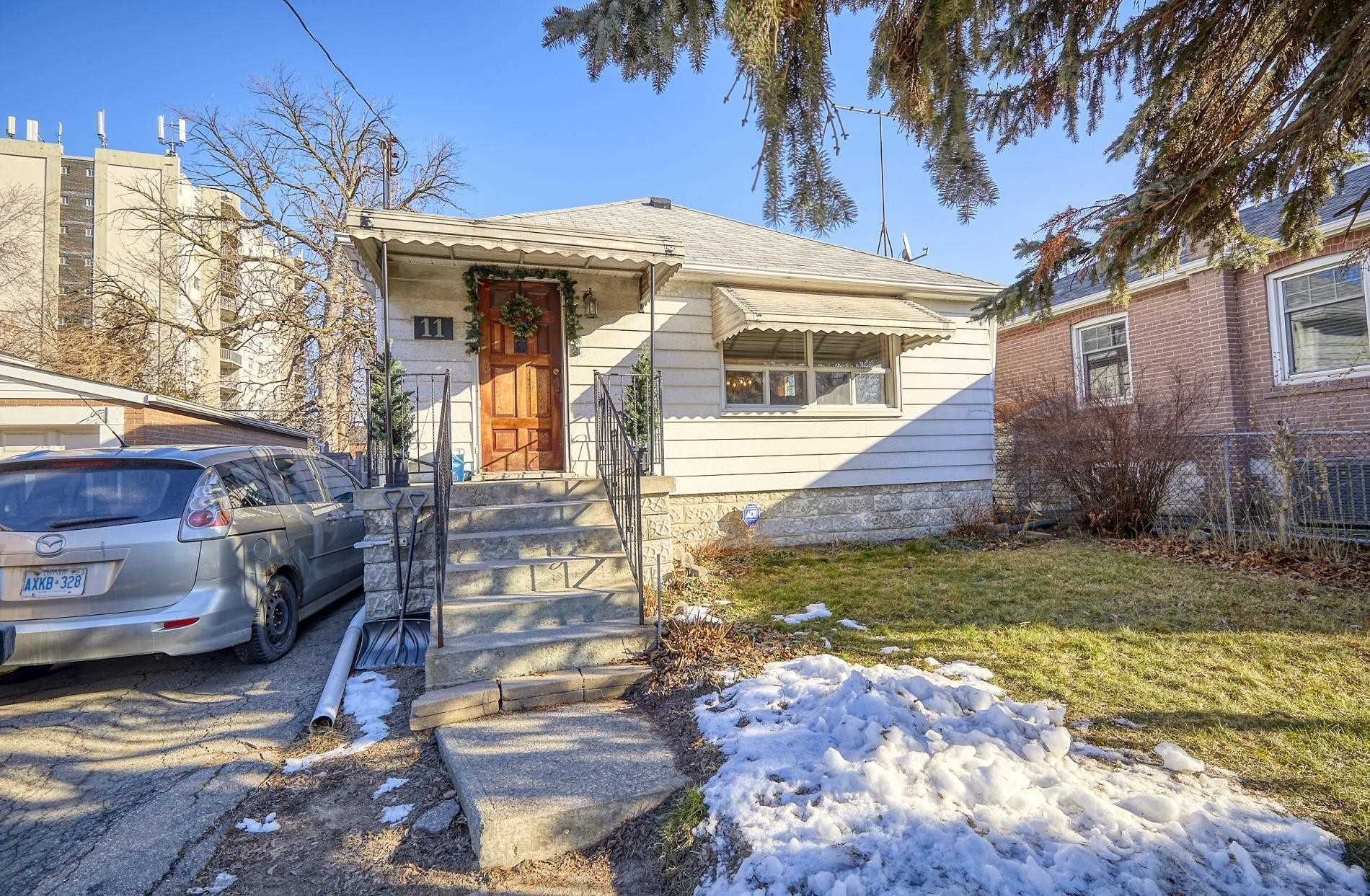 11 Gair Dr, Toronto, Ontario M8W4P2, 3 Bedrooms Bedrooms, ,2 BathroomsBathrooms,Detached,For Sale,Gair,W5081795