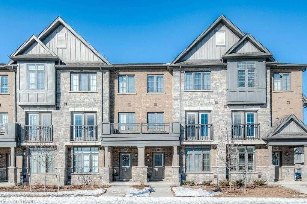 236 Thomas Slee Dr, Kitchener, Ontario N2P 2W1, 3 Bedrooms Bedrooms, ,3 BathroomsBathrooms,Condo Townhouse,For Lease,Thomas Slee,X5151640
