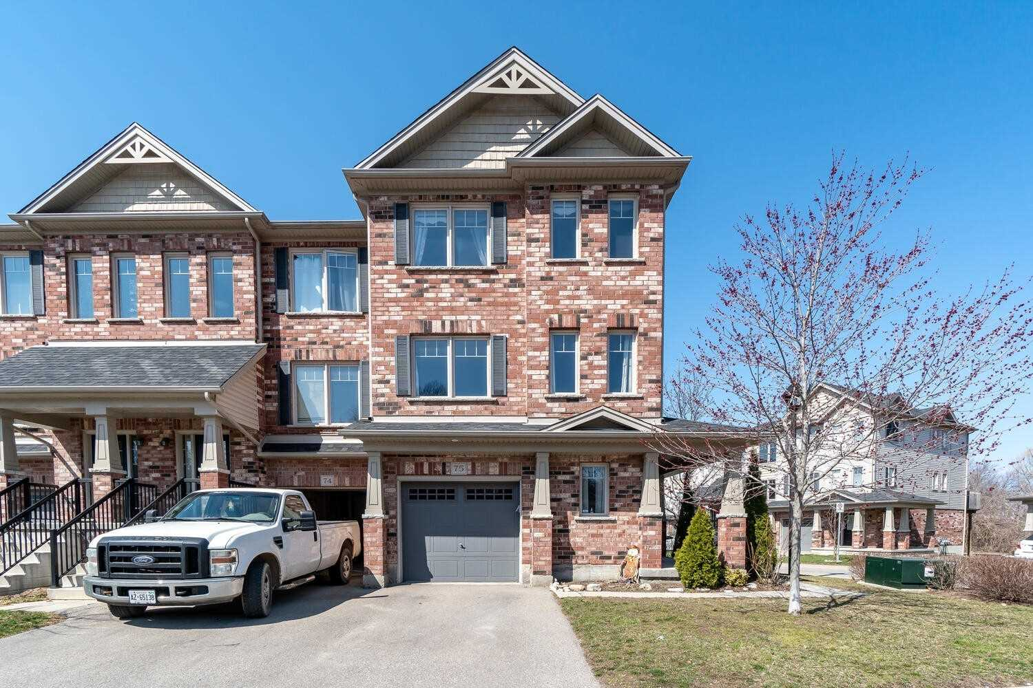 750 Lawrence St, Cambridge, Ontario N3H 0A9, 3 Bedrooms Bedrooms, ,3 BathroomsBathrooms,Condo Townhouse,For Sale,Lawrence,X5181704