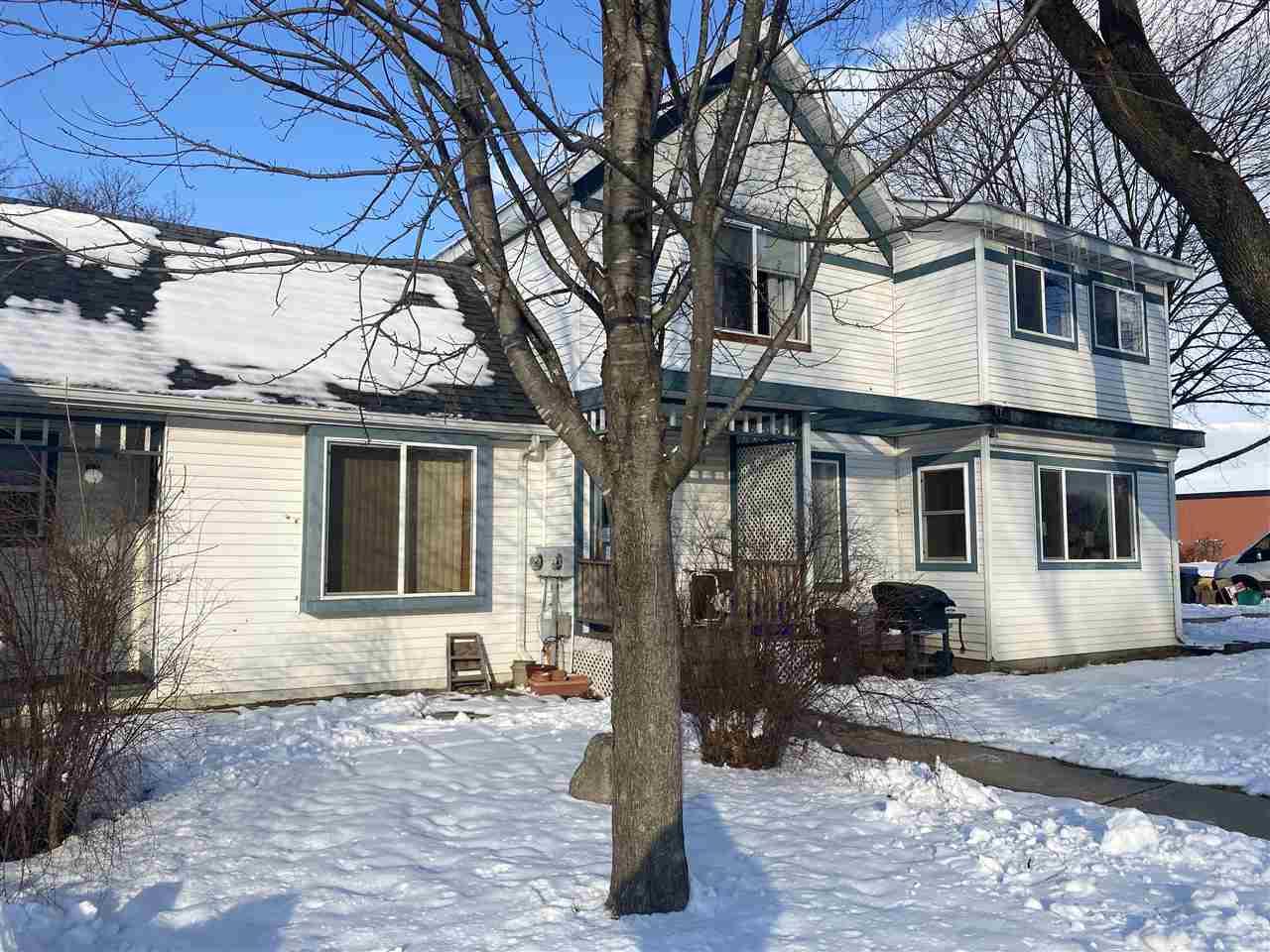 1208 Spring St, Black Earth, Wisconsin 53515, 2 Bedrooms Bedrooms, ,Rental,For Rent,Spring St,1900426