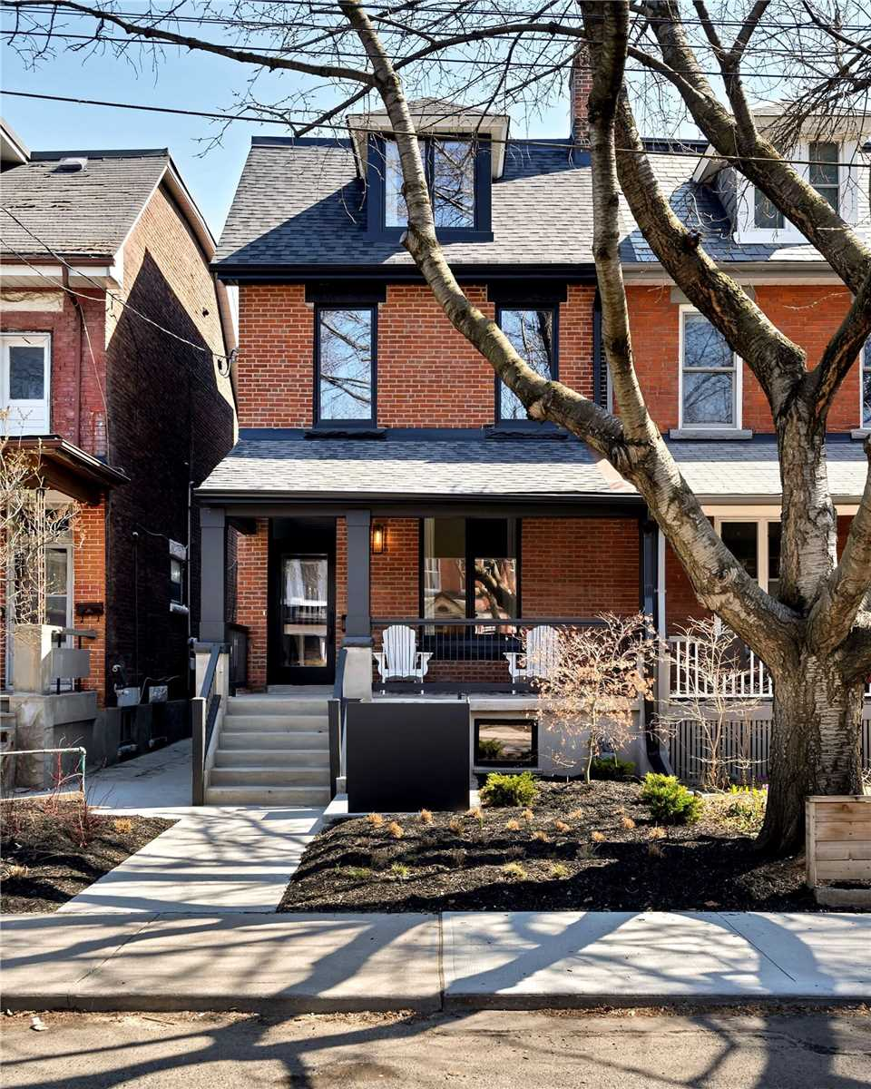 569 Euclid Ave, Toronto, Ontario M6G2T3, 3 Bedrooms Bedrooms, 7 Rooms Rooms,4 BathroomsBathrooms,Semi-detached,For Sale,Euclid,C5193921