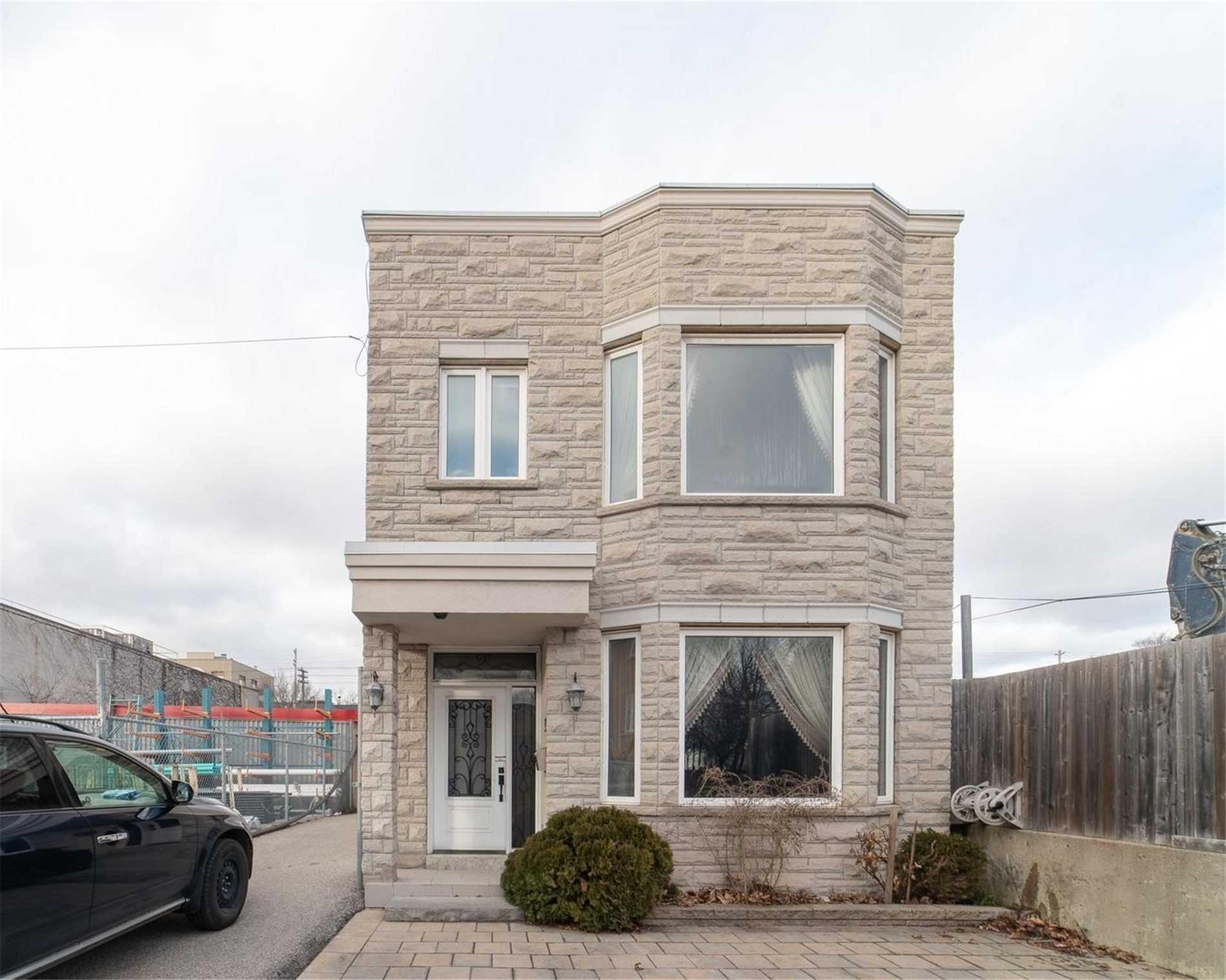 50 Memory Lane, Toronto, Ontario M4L 6S7, 4 Bedrooms Bedrooms, 9 Rooms Rooms,4 BathroomsBathrooms,Detached,For Sale,Memory,E5106406