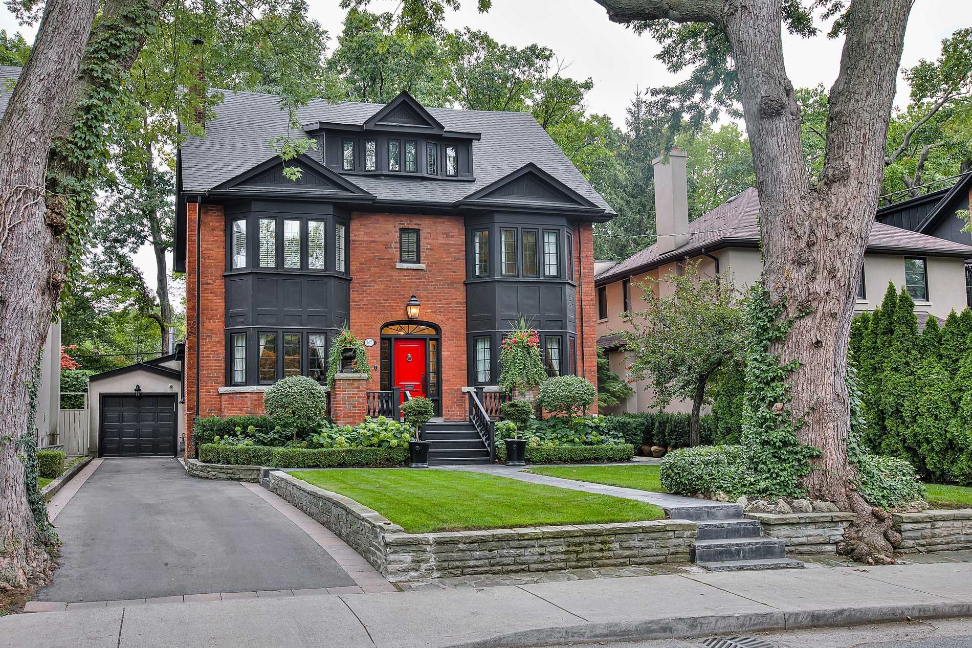 167 Douglas Dr, Toronto, Ontario M4W2B6, 5 Bedrooms Bedrooms, 12 Rooms Rooms,5 BathroomsBathrooms,Detached,For Sale,Douglas,C4911755