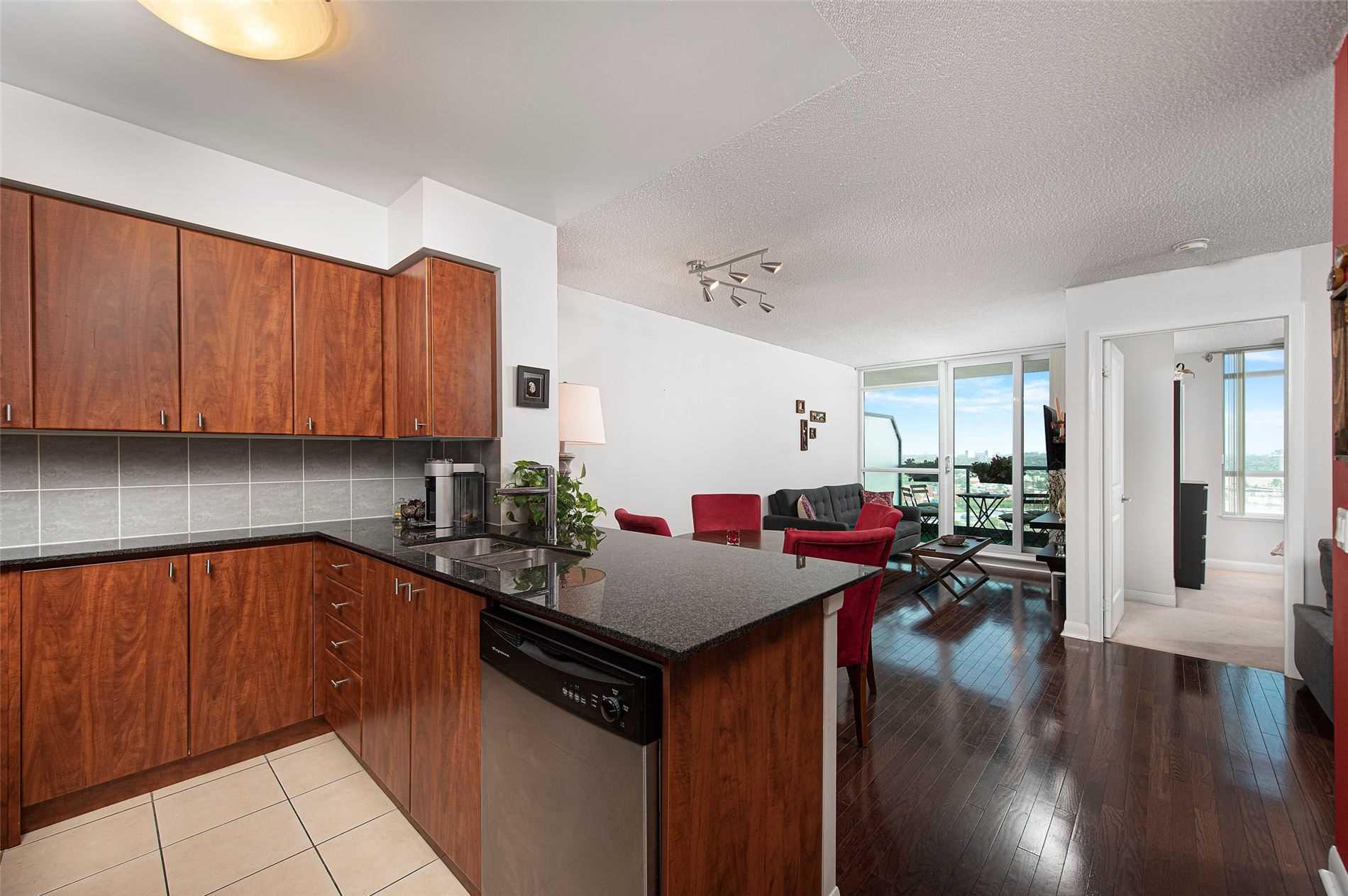 225 Sherway Gardens Rd, Toronto, Ontario M9C0A3, 1 Bedroom Bedrooms, 5 Rooms Rooms,1 BathroomBathrooms,Condo Apt,For Sale,Sherway Gardens,W4916020