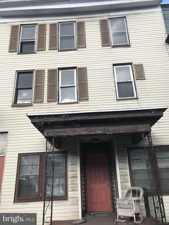 1125 CENTRE STREET, ASHLAND, PA 17921, ,Multi-Family,For Sale,CENTRE,PASK129354