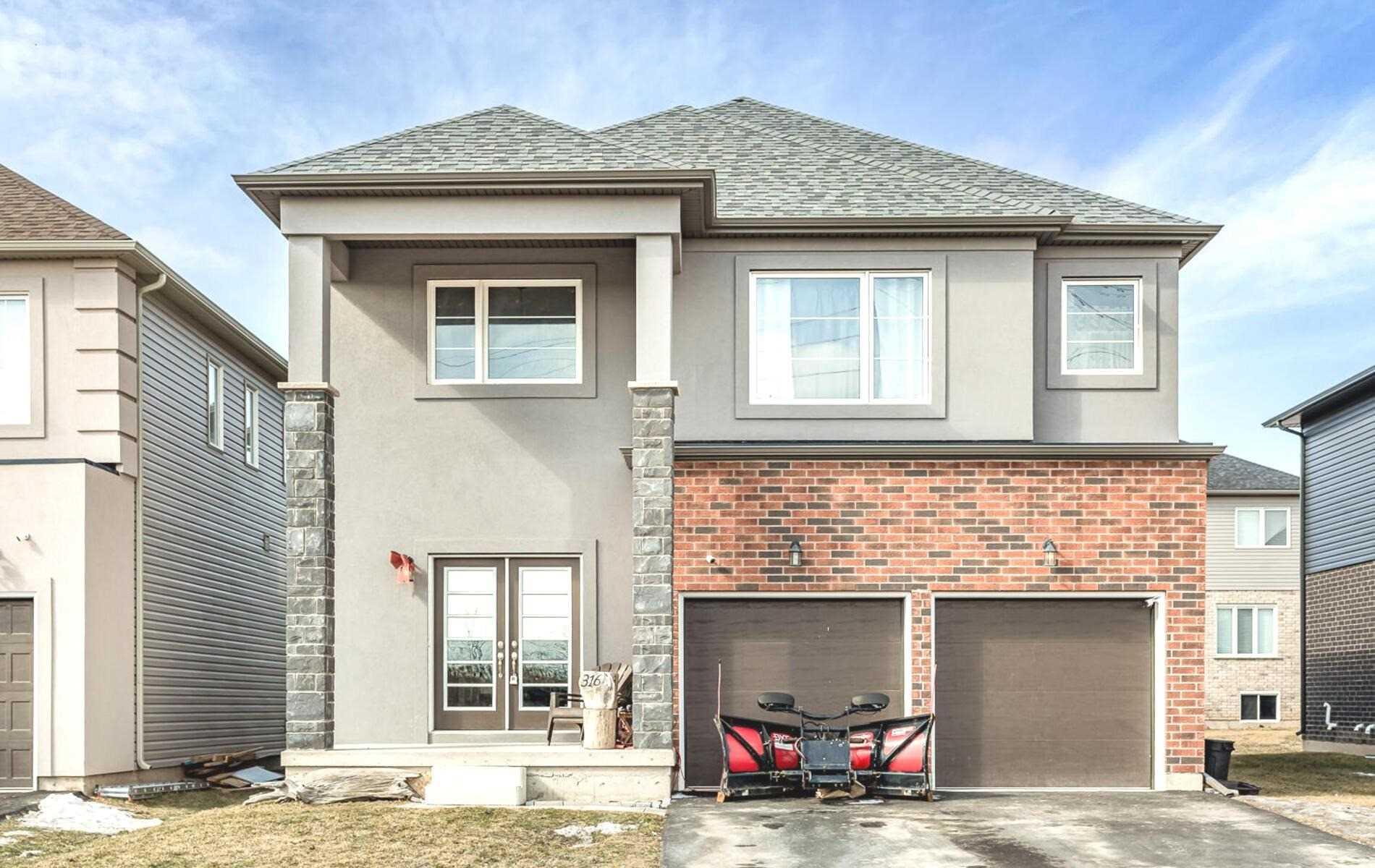 316 Bradley Ave, Welland, Ontario L3B 5T8, 4 Bedrooms Bedrooms, ,4 BathroomsBathrooms,Detached,For Sale,Bradley,X5138685