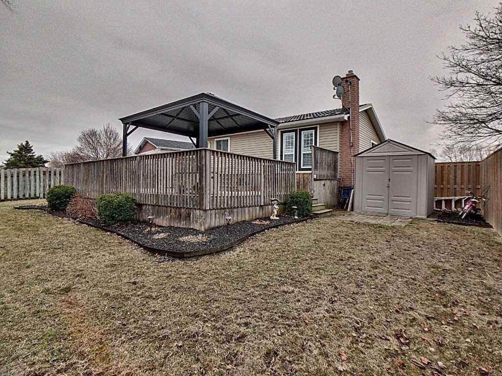 212 Keefer Rd, Thorold, Ontario L2V4M3, 4 Bedrooms Bedrooms, ,2 BathroomsBathrooms,Detached,For Sale,Keefer,X5159816