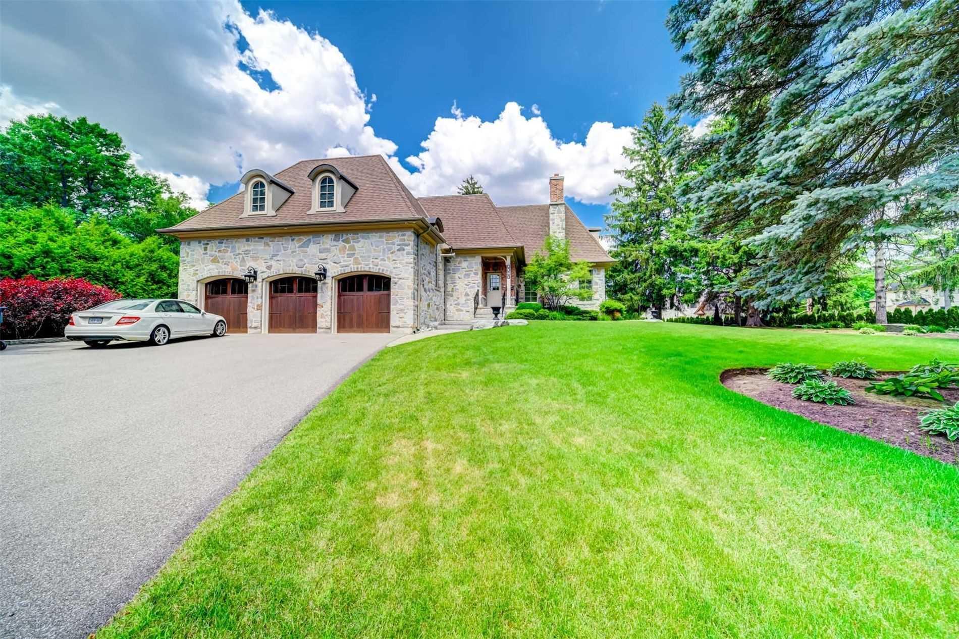 1161 Tecumseh Park Dr, Mississauga, Ontario L5H2W3, 4 Bedrooms Bedrooms, 10 Rooms Rooms,8 BathroomsBathrooms,Detached,For Sale,Tecumseh Park,W5061278