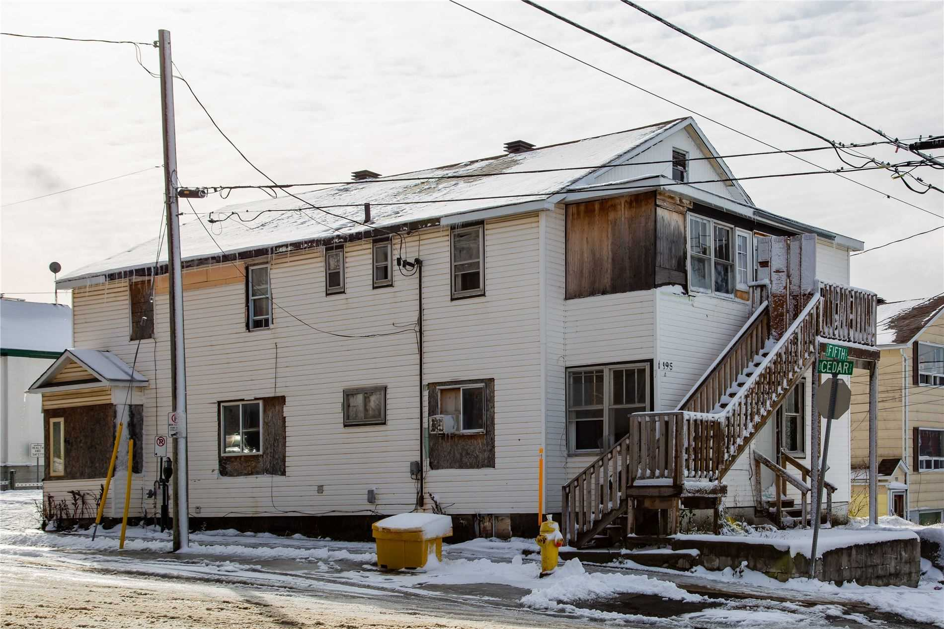 193-195 Fifth Ave, Timmins, Ontario P4N 5L1, ,Investment,For Sale,Fifth,X5102689