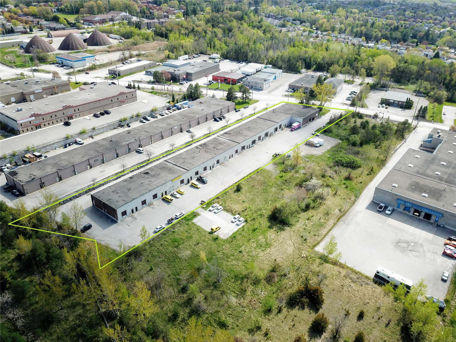 49 Morrow Rd, Barrie, Ontario L4N3V7, ,Industrial,For Sale,Morrow,S4481573