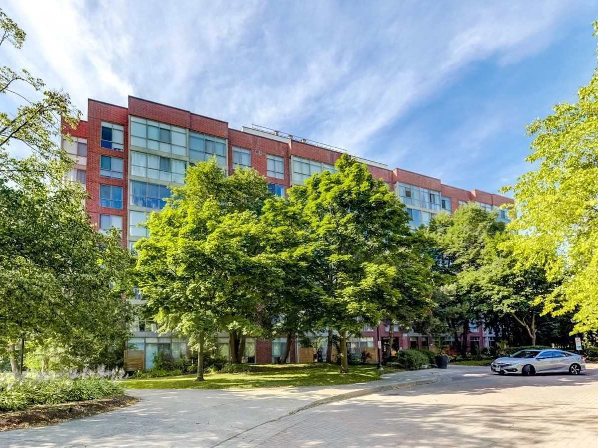 24 Southport St, Toronto, Ontario M6S4Z1, 1 Bedroom Bedrooms, 5 Rooms Rooms,1 BathroomBathrooms,Condo Apt,For Sale,Southport,W4886463