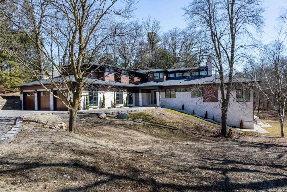 1060 Indian Rd, Mississauga, Ontario L5H1R7, 5 Bedrooms Bedrooms, 11 Rooms Rooms,7 BathroomsBathrooms,Detached,For Sale,Indian,W5167968
