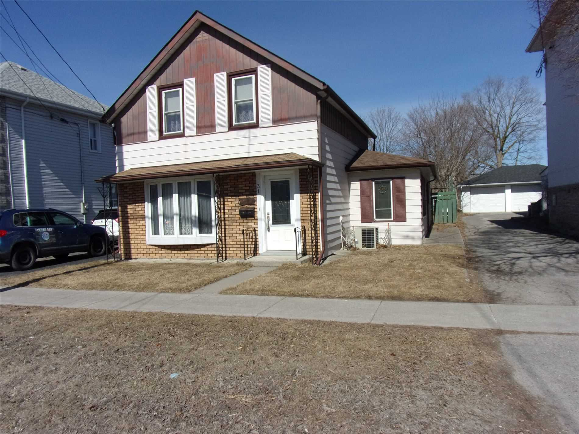 31 Marmora St, Quinte West, Ontario K8V 2H7, 1 Bedroom Bedrooms, ,2 BathroomsBathrooms,Detached,For Sale,Marmora,X5162933