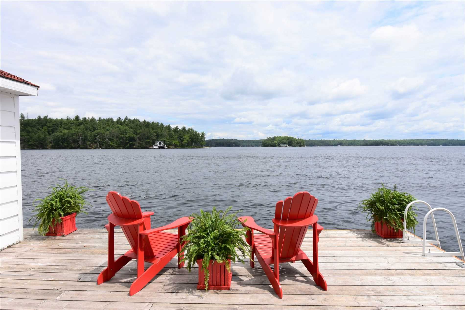1158 Greenwood Point Rd, Muskoka Lakes, Ontario P1P 1R2, 4 Bedrooms Bedrooms, 8 Rooms Rooms,1 BathroomBathrooms,Detached,For Sale,Greenwood Point,X4828857
