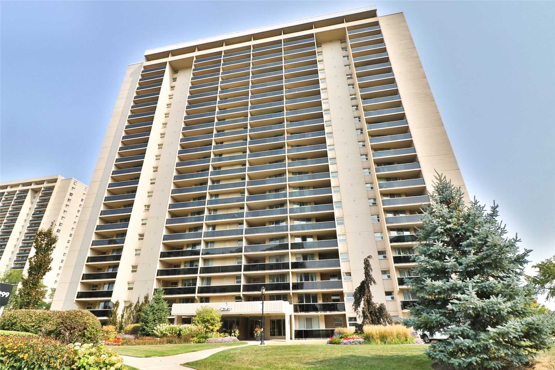 299 Mill Rd, Toronto, Ontario M9C4V9, 3 Bedrooms Bedrooms, 5 Rooms Rooms,2 BathroomsBathrooms,Condo Apt,For Sale,Mill,W4922237