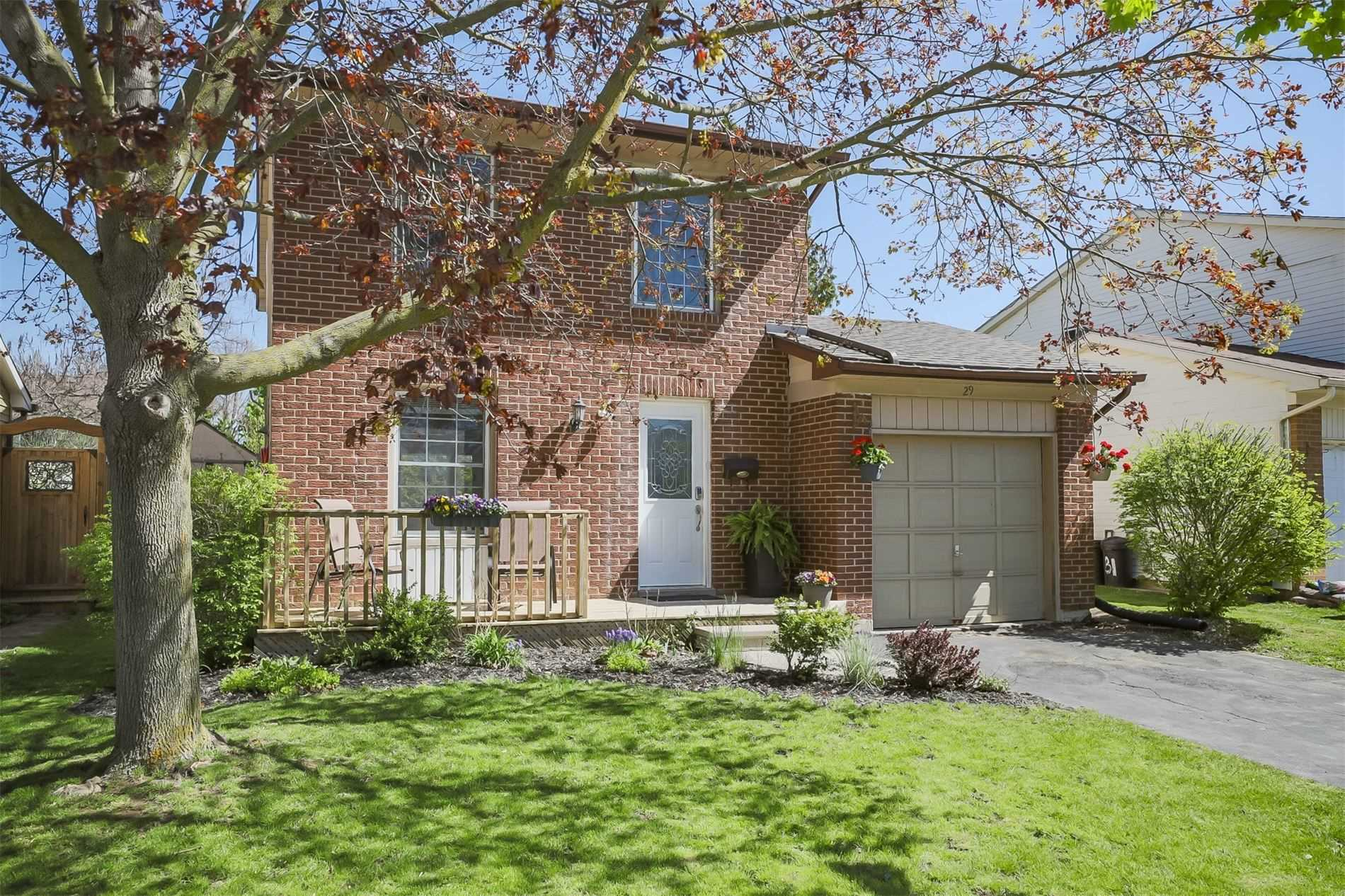 29 Gaitwin St, Brantford, Ontario N3P 1A9, 3 Bedrooms Bedrooms, 6 Rooms Rooms,2 BathroomsBathrooms,Detached,For Sale,Gaitwin,X4768190
