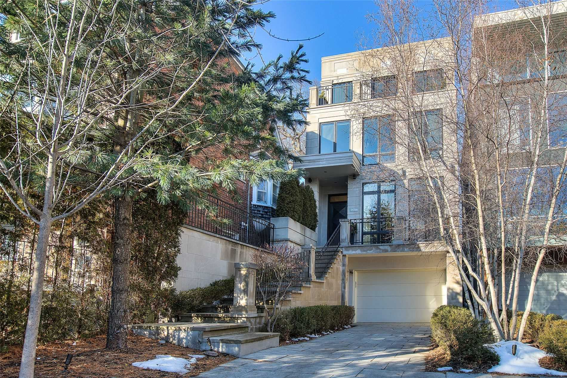 20B Woodlawn Ave, Toronto, Ontario M4V 1G7, 3 Bedrooms Bedrooms, 9 Rooms Rooms,5 BathroomsBathrooms,Detached,For Sale,Woodlawn,C5082850