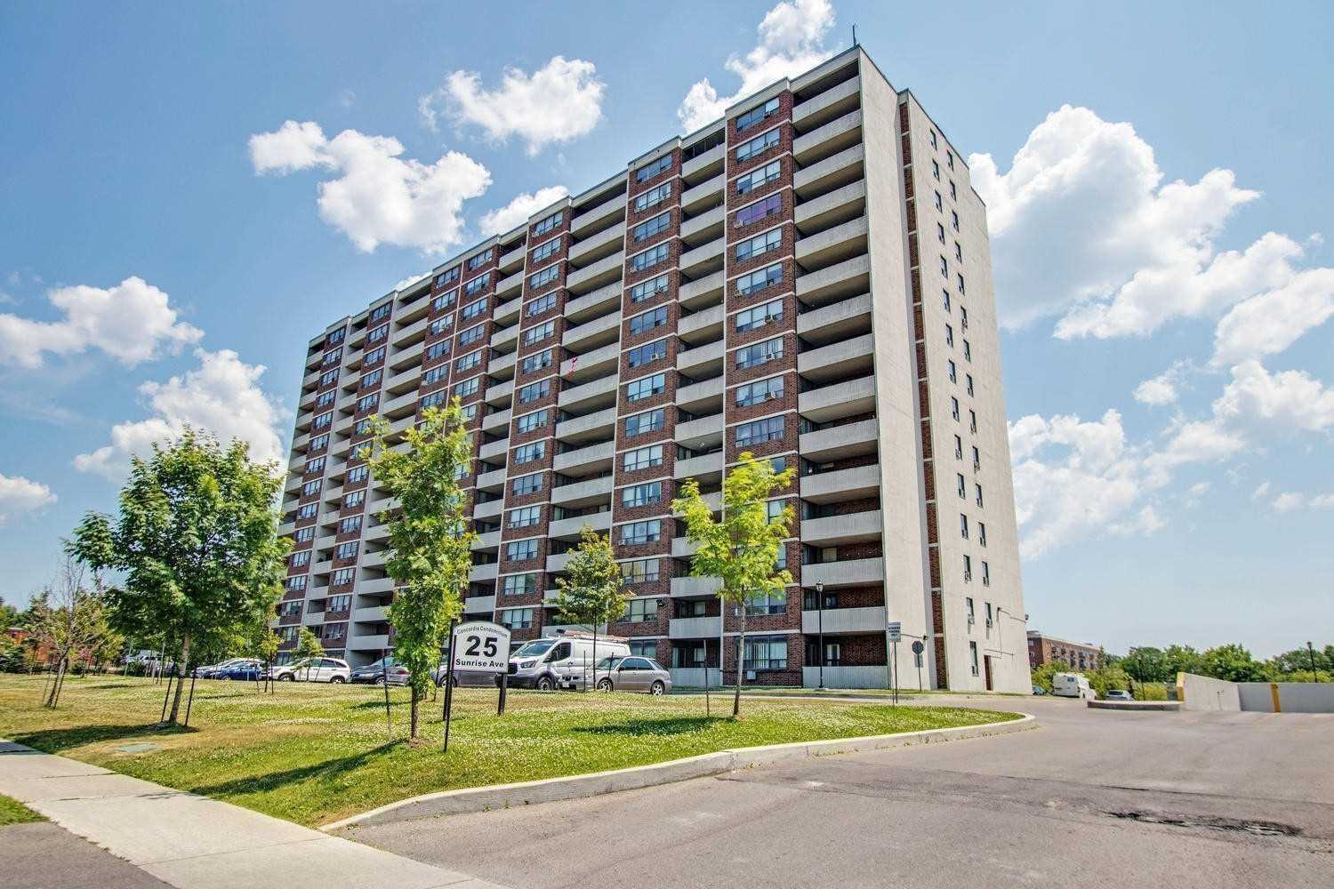 25 Sunrise Ave, Toronto, Ontario M4A2S2, 3 Bedrooms Bedrooms, 6 Rooms Rooms,2 BathroomsBathrooms,Condo Apt,For Sale,Sunrise,C4915609