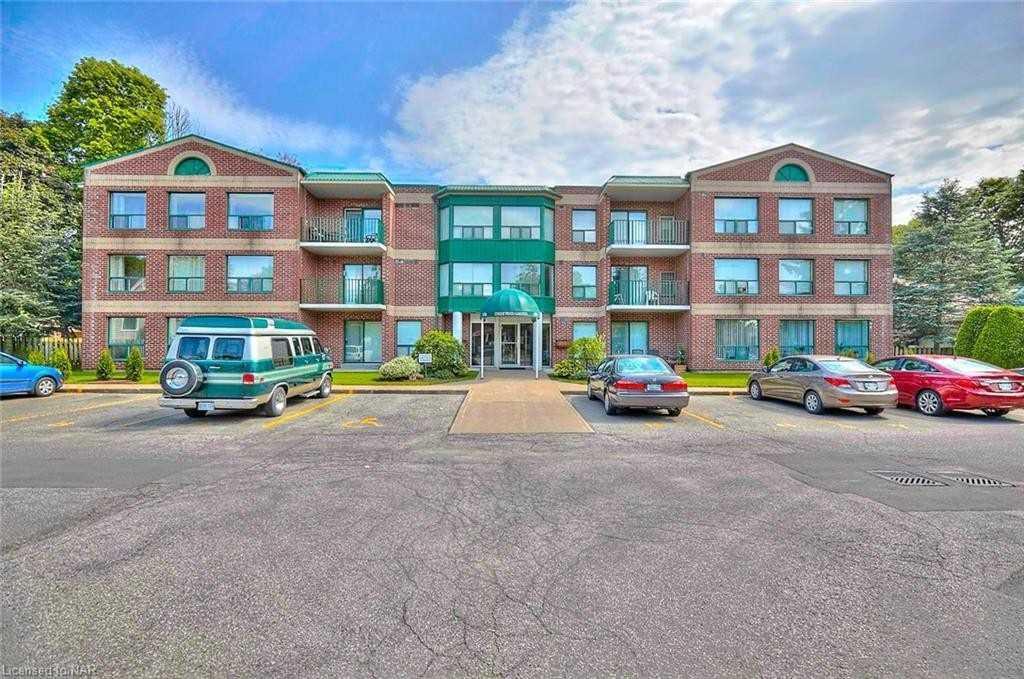 6704 Thorold Stone Rd, Niagara Falls, Ontario L2J 1B3, 2 Bedrooms Bedrooms, ,2 BathroomsBathrooms,Condo Apt,For Sale,Thorold Stone,X5181448