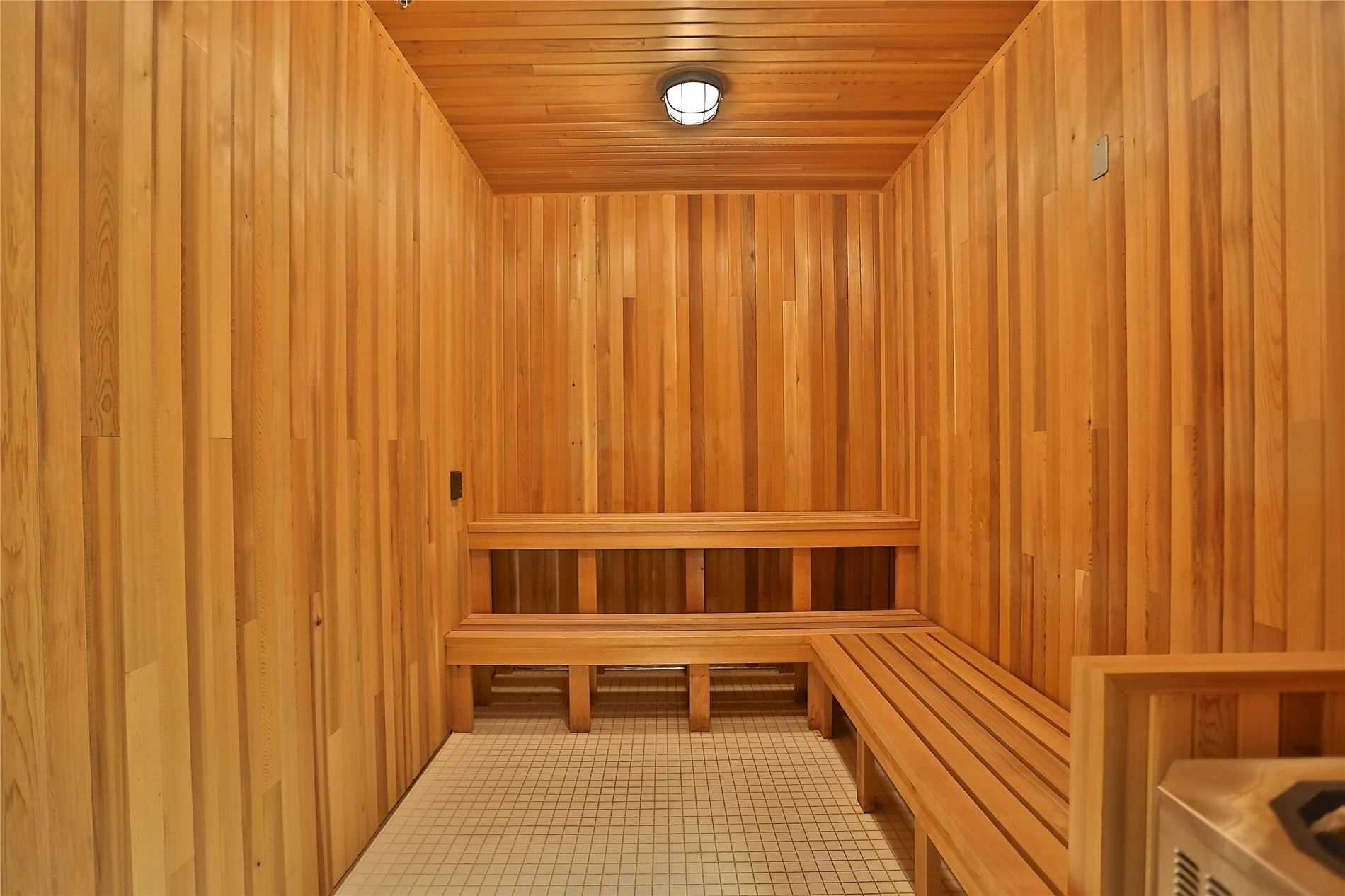 65 Speers Rd, Oakville, L6K3V5, 2 Bedrooms Bedrooms, ,2 BathroomsBathrooms,Condo Apt,For Sale,Speers,W5086635