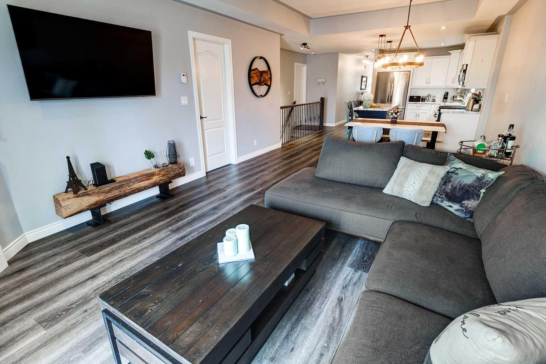12 Emily St, Haldimand, Ontario N0A 1H0, 2 Bedrooms Bedrooms, ,3 BathroomsBathrooms,Att/row/twnhouse,For Sale,Emily,X5169293