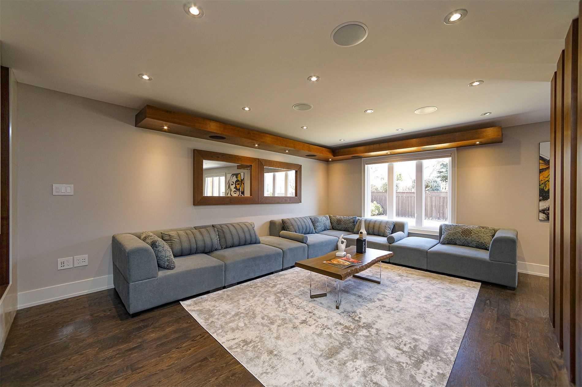 11 Boddy Crt, Vaughan, Ontario L4L8J7, 4 Bedrooms Bedrooms, 14 Rooms Rooms,4 BathroomsBathrooms,Detached,For Sale,Boddy,N5163828