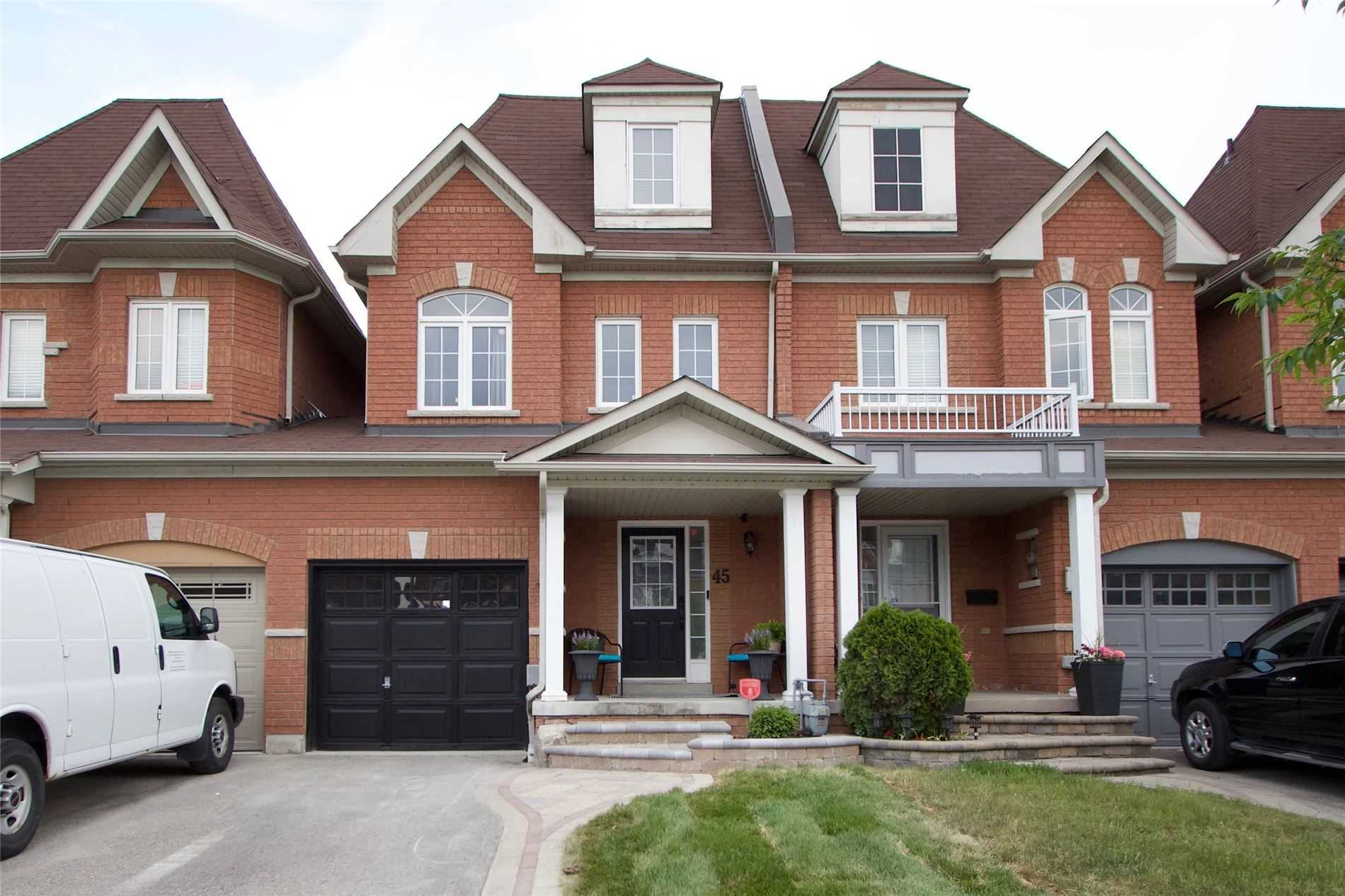 45 Neill Ave, Whitby, Ontario L1R3N5, 4 Bedrooms Bedrooms, ,3 BathroomsBathrooms,Att/row/twnhouse,For Sale,Neill,E5272315