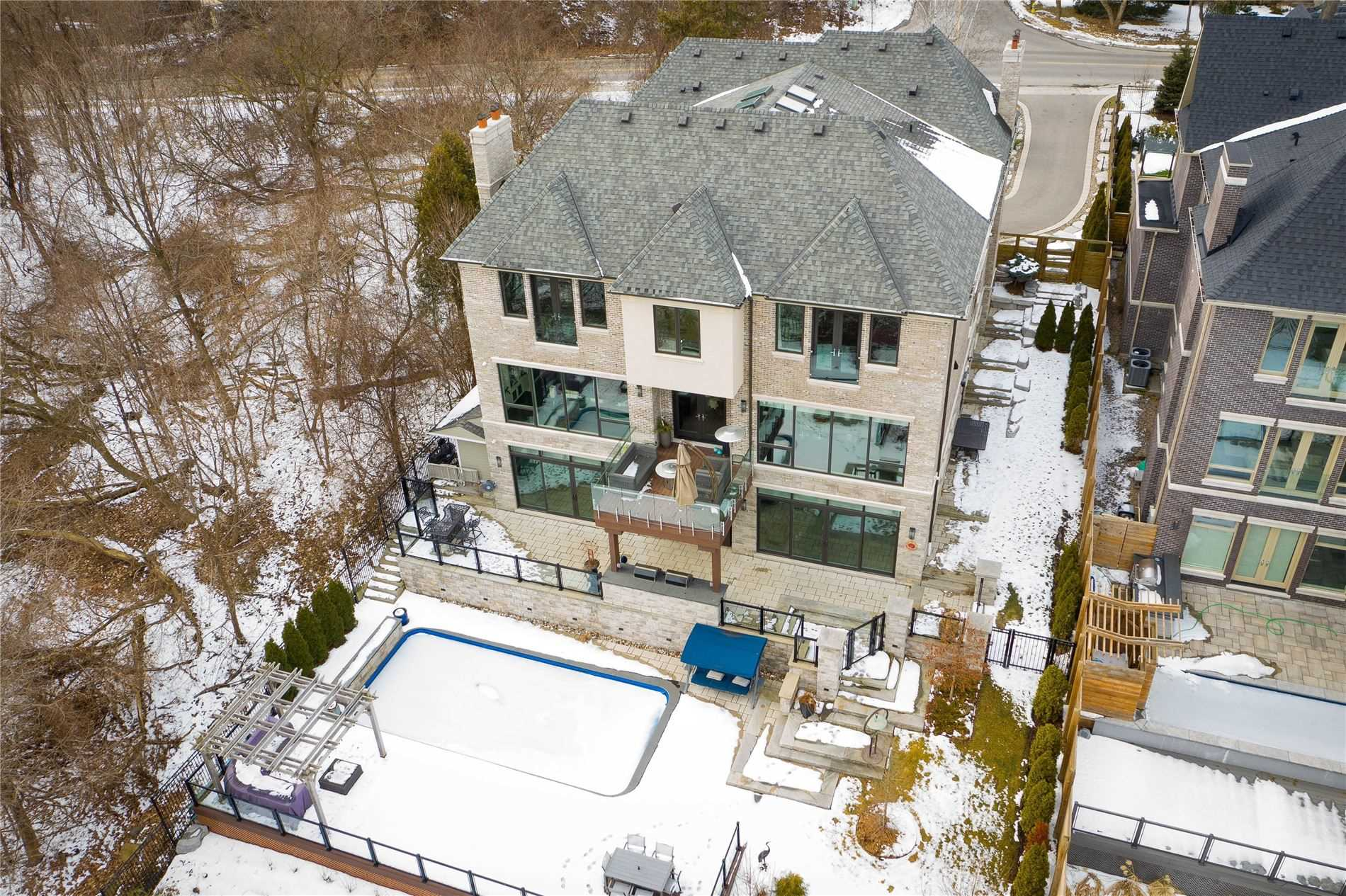 179 Edenbridge Dr, Toronto, Ontario M9A 3G7, 5 Bedrooms Bedrooms, 12 Rooms Rooms,8 BathroomsBathrooms,Detached,For Sale,Edenbridge,W4714792