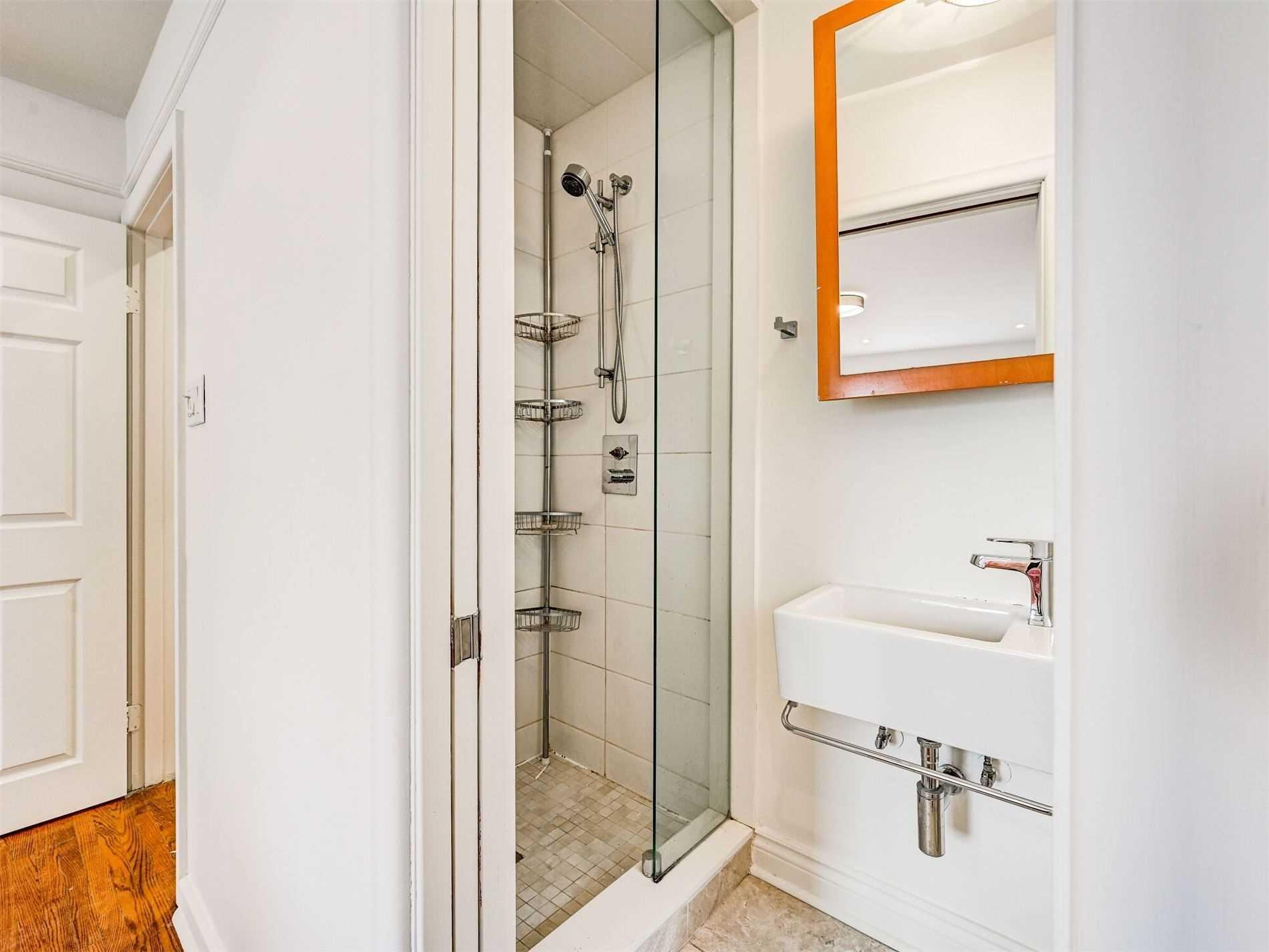 12 Shasta Dr, Vaughan, Ontario L4J1Z5, 3 Bedrooms Bedrooms, 7 Rooms Rooms,3 BathroomsBathrooms,Detached,For Sale,Shasta,N5167179