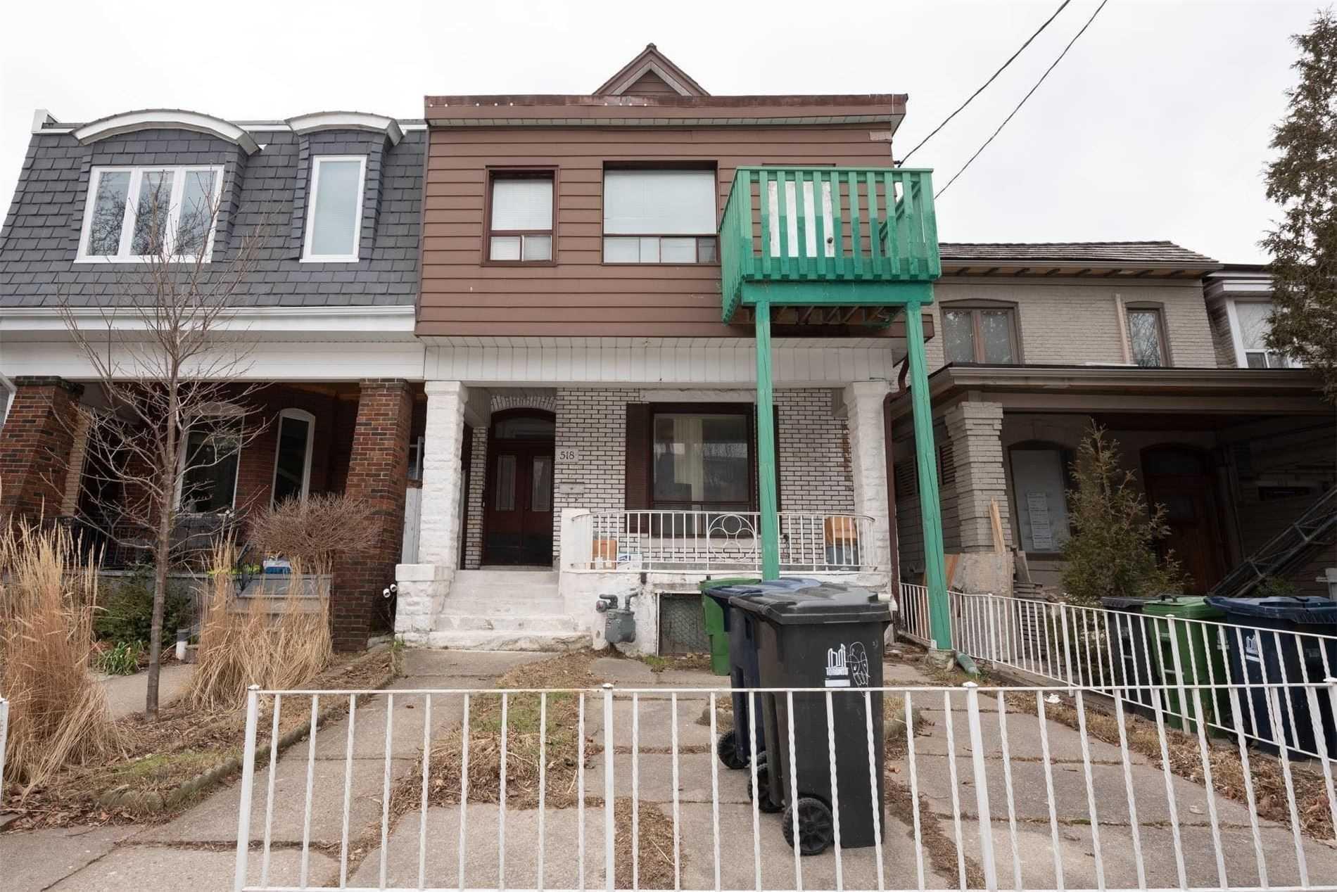 518 Manning Ave, Toronto, Ontario M6G2V7, 7 Bedrooms Bedrooms, 20 Rooms Rooms,5 BathroomsBathrooms,Semi-detached,For Sale,Manning,C5123321