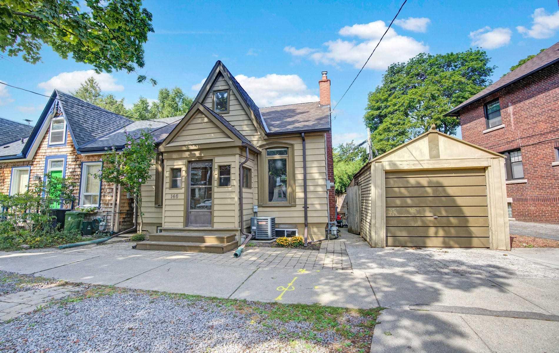 146 Cambridge Ave, Toronto, Ontario M4K2L8, 2 Bedrooms Bedrooms, 7 Rooms Rooms,3 BathroomsBathrooms,Detached,For Sale,Cambridge,E4892335