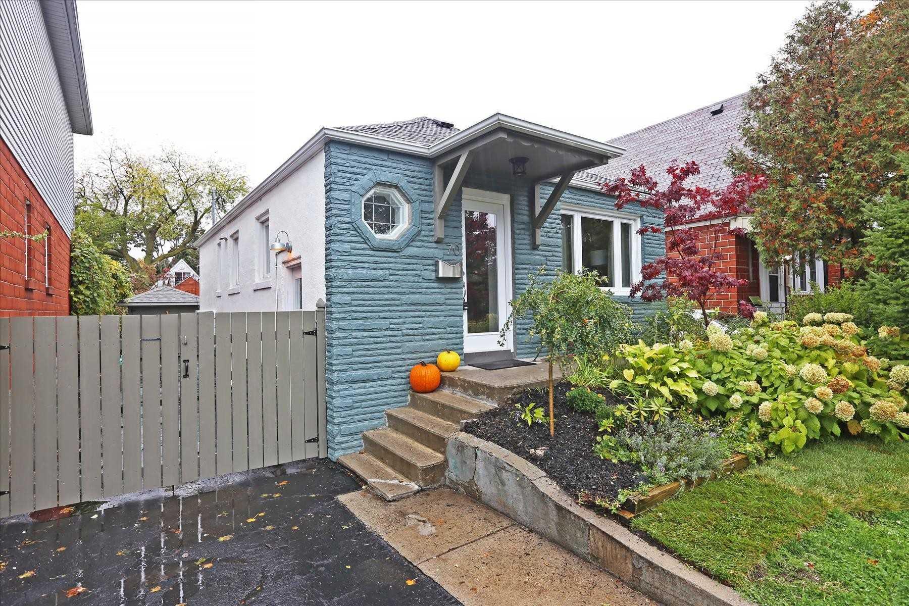 70 Manderley Dr, Toronto, Ontario M1N3E9, 2 Bedrooms Bedrooms, ,2 BathroomsBathrooms,Detached,For Sale,Manderley,E4955711