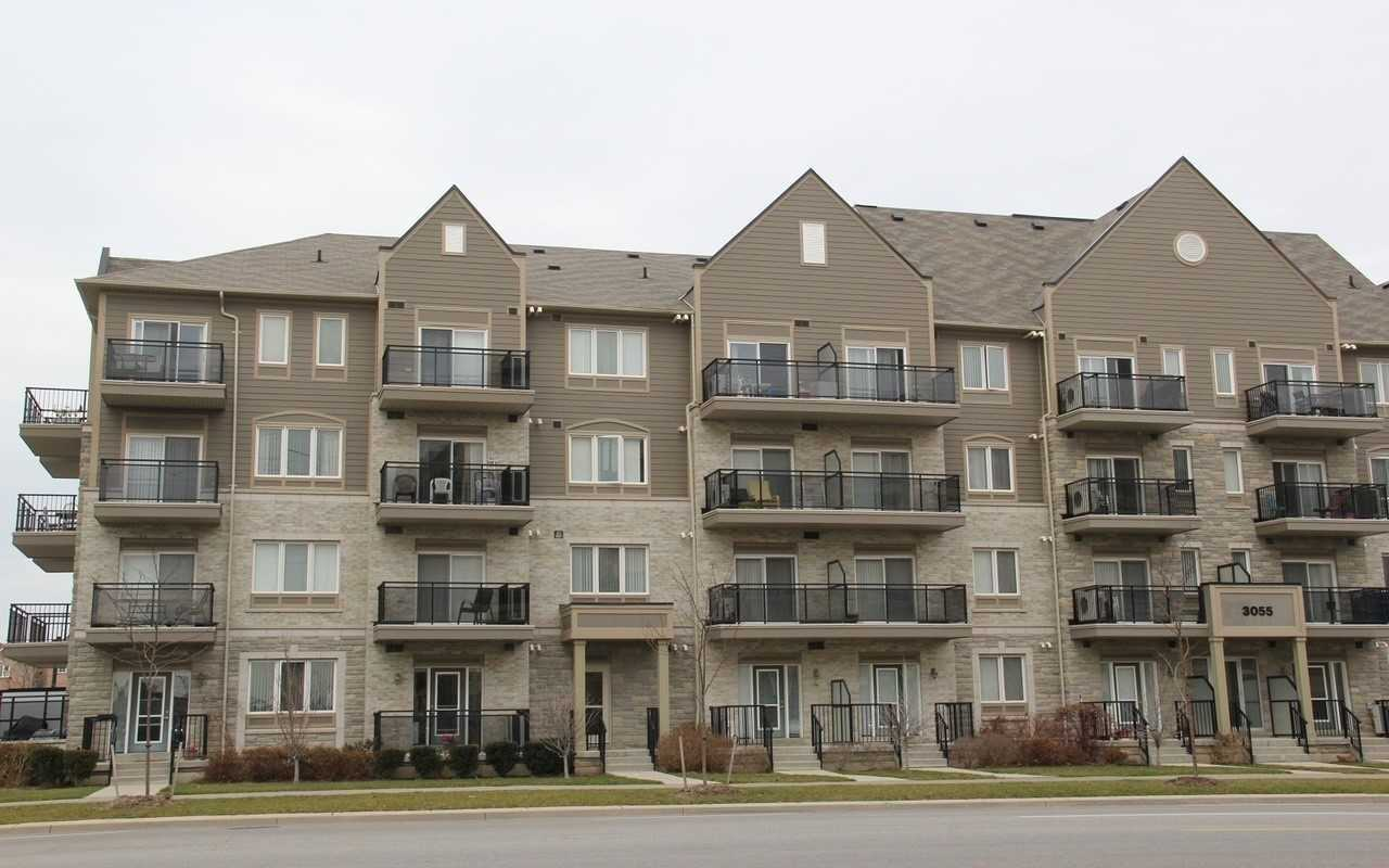 3055 Thomas St, Mississauga, Ontario L5M0M4, 1 Bedroom Bedrooms, ,1 BathroomBathrooms,Condo Apt,For Lease,Thomas,W5162138