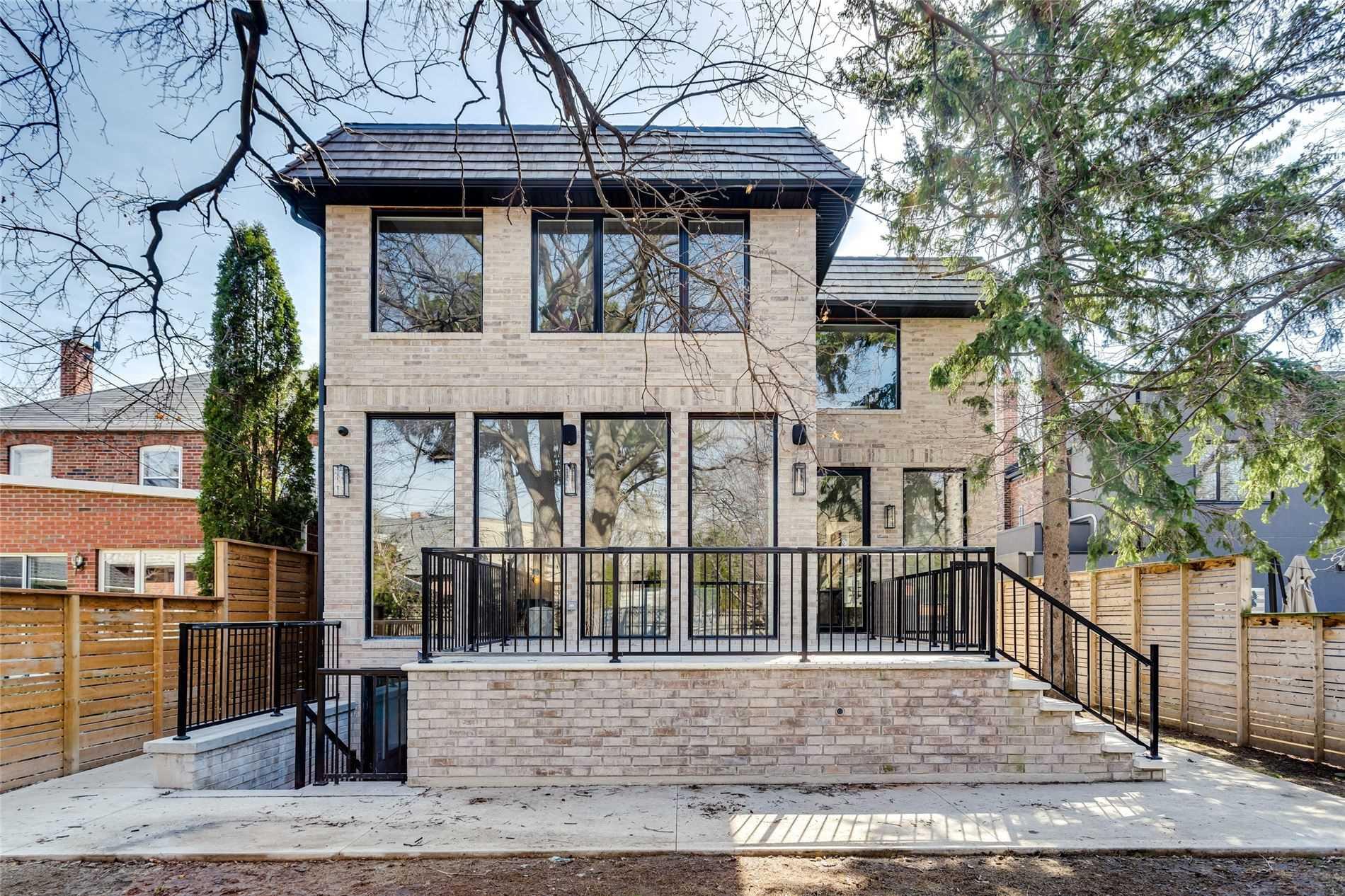 30 Otter Cres, Toronto, Ontario M5N2W4, 4 Bedrooms Bedrooms, 10 Rooms Rooms,6 BathroomsBathrooms,Detached,For Sale,Otter,C5177278