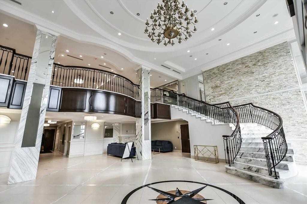 38 Cedarland Dr, Markham, Ontario L6G 1E3, 3 Bedrooms Bedrooms, ,3 BathroomsBathrooms,Condo Townhouse,For Sale,Cedarland,N5189421