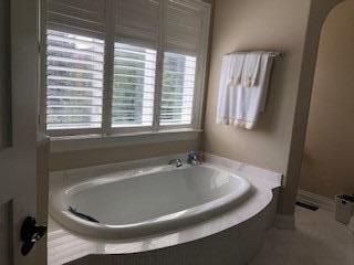 5 Sanibel Cres, Vaughan, Ontario L4J8G9, 4 Bedrooms Bedrooms, 12 Rooms Rooms,7 BathroomsBathrooms,Detached,For Sale,Sanibel,N5165544