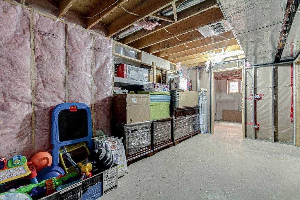 858 Springbank Ave, Woodstock, Ontario N4T 1V8, 4 Bedrooms Bedrooms, ,3 BathroomsBathrooms,Detached,For Sale,Springbank,X5161447