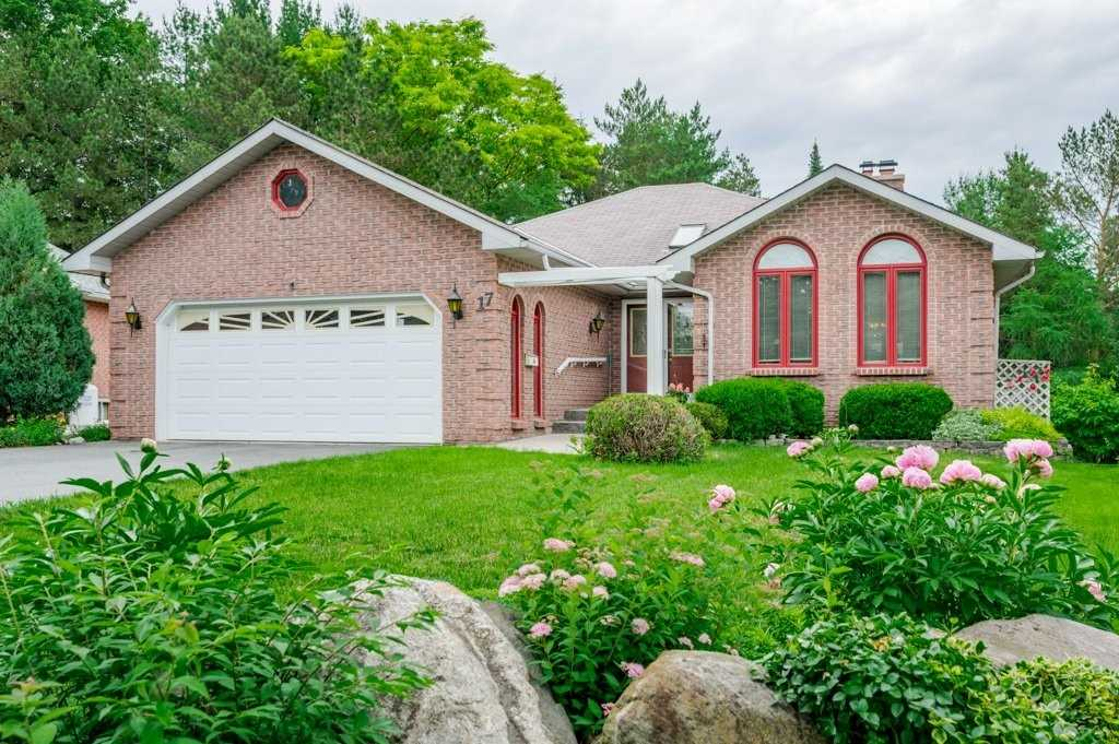 17 Hillview Dr, Kawartha Lakes, Ontario K0M 1A0, 2 Bedrooms Bedrooms, ,3 BathroomsBathrooms,Detached,For Sale,Hillview,X5272308