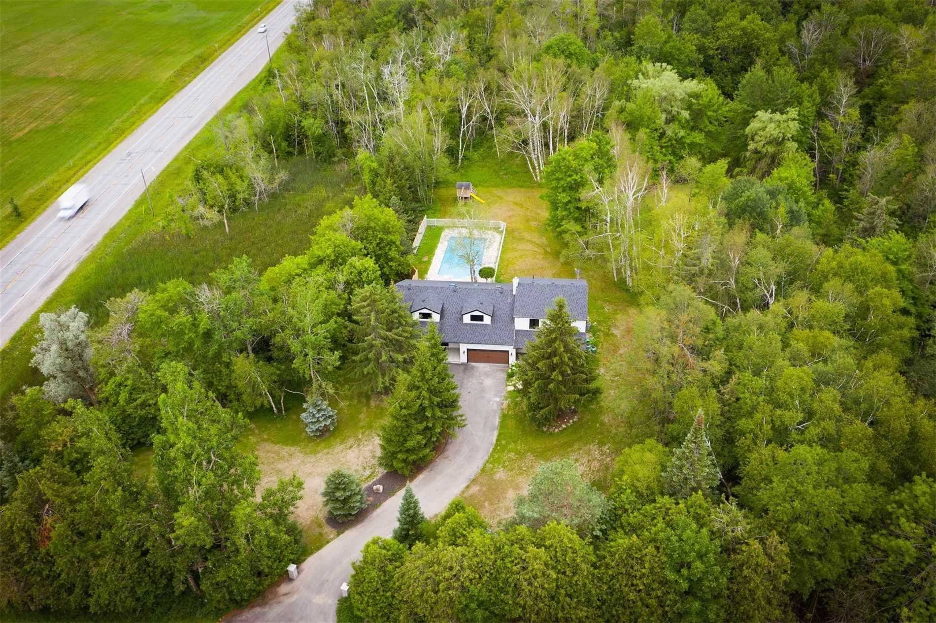 18420 Mountainview Rd, Caledon, Ontario L7K2E9, 4 Bedrooms Bedrooms, 10 Rooms Rooms,3 BathroomsBathrooms,Detached,For Sale,Mountainview,W4840998
