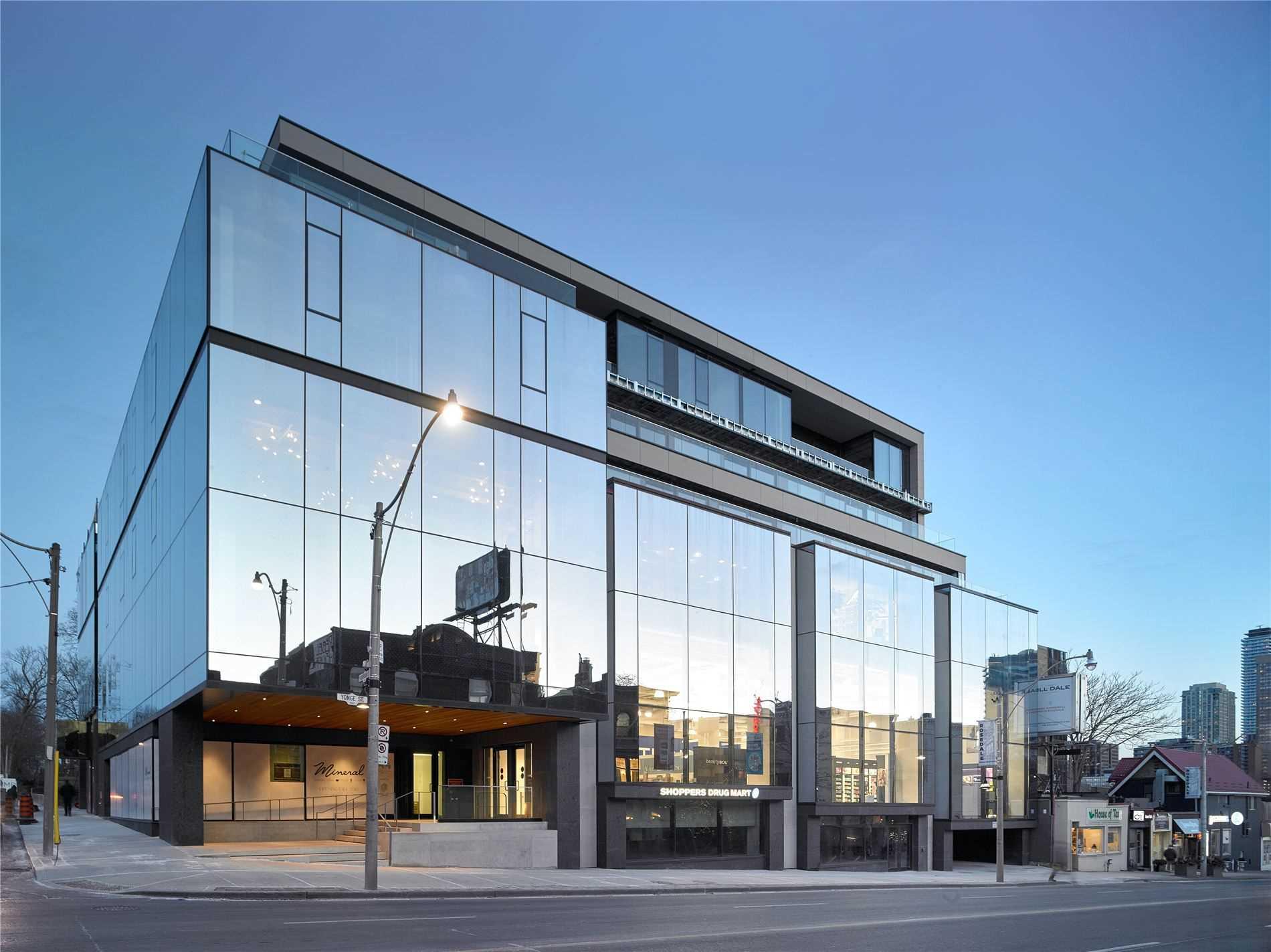 1 Roxborough St, Toronto, Ontario M4W1V5, 3 Bedrooms Bedrooms, 12 Rooms Rooms,4 BathroomsBathrooms,Condo Apt,For Sale,Roxborough,C5134861