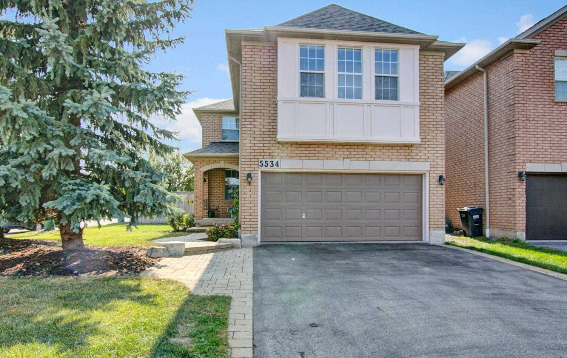 5534 Highbank Rd, Mississauga, Ontario L5M6E5, 3 Bedrooms Bedrooms, 9 Rooms Rooms,3 BathroomsBathrooms,Detached,For Sale,Highbank,W4928026