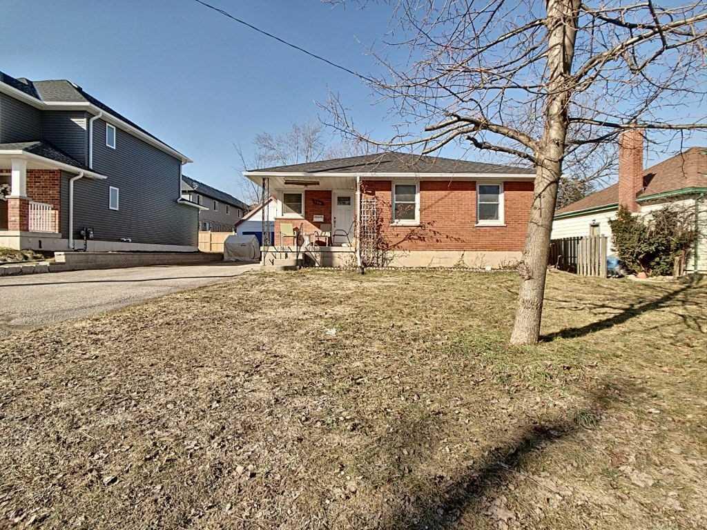 355 Huron St, Woodstock, Ontario N4S7A5, 3 Bedrooms Bedrooms, ,1 BathroomBathrooms,Detached,For Sale,Huron,X5155963