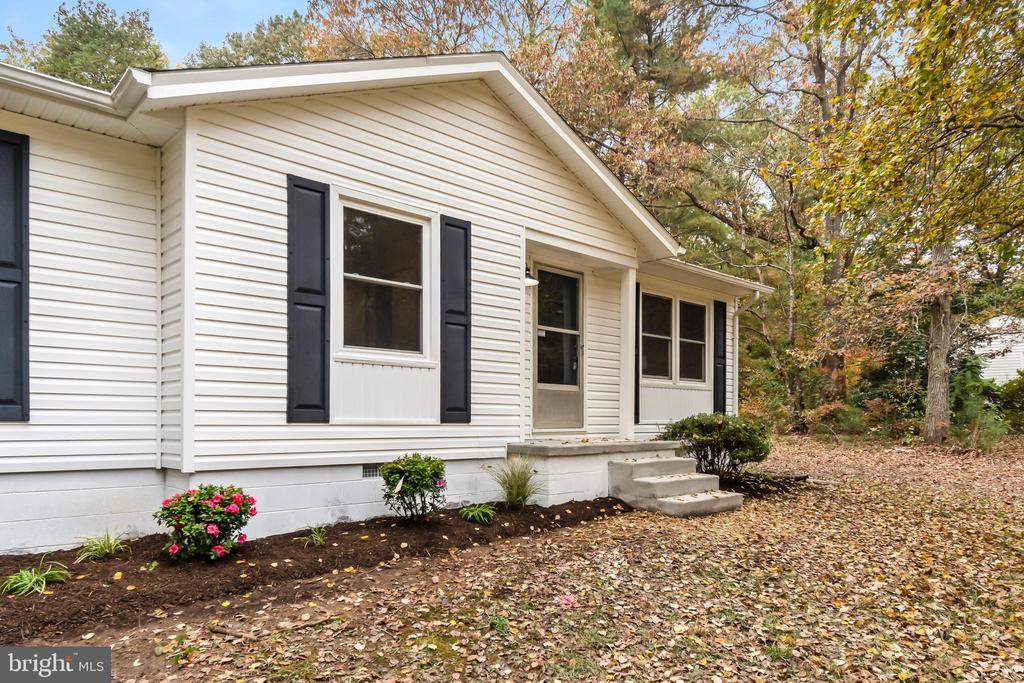 21138 SMOOTS ROAD, BOWLING GREEN, VA 22427, 3 Bedrooms Bedrooms, ,2 BathroomsBathrooms,Residential,For Sale,SMOOTS,VACV121168