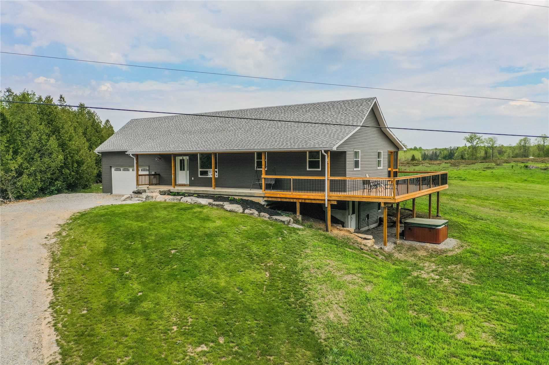 401 Digbylaxton Boundary Rd, Kawartha Lakes, Ontario K0M2B0, 3 Bedrooms Bedrooms, ,4 BathroomsBathrooms,Detached,For Sale,Digbylaxton Boundary,X5273193