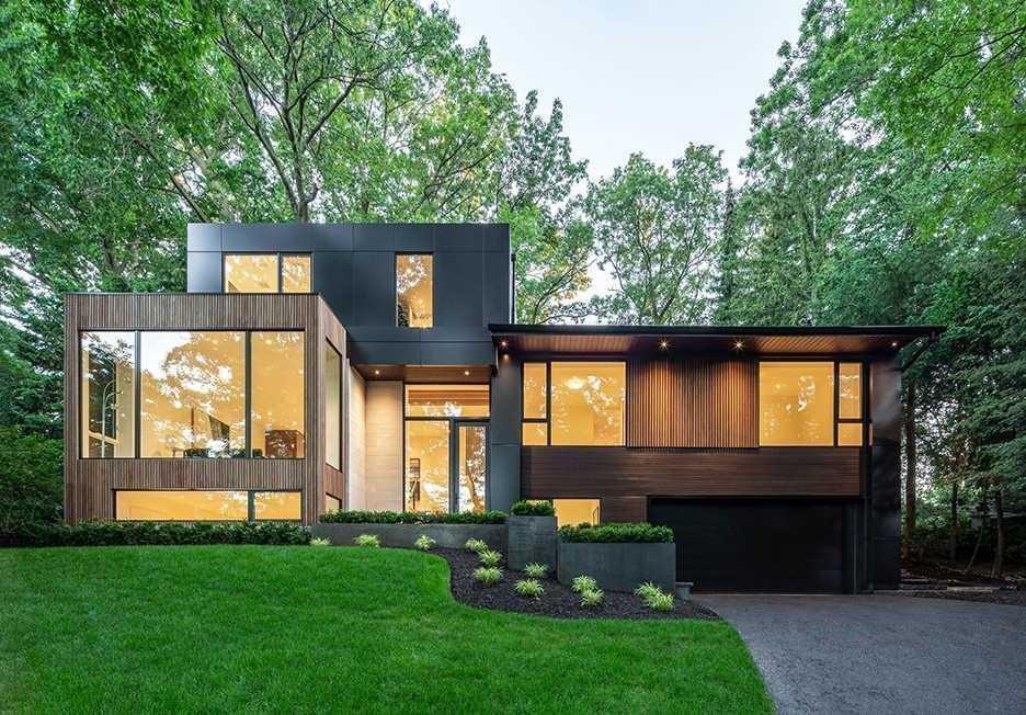 30 Edenbrook Hill, Toronto, Ontario M9A3Z6, 3 Bedrooms Bedrooms, 8 Rooms Rooms,3 BathroomsBathrooms,Detached,For Sale,Edenbrook,W5094790