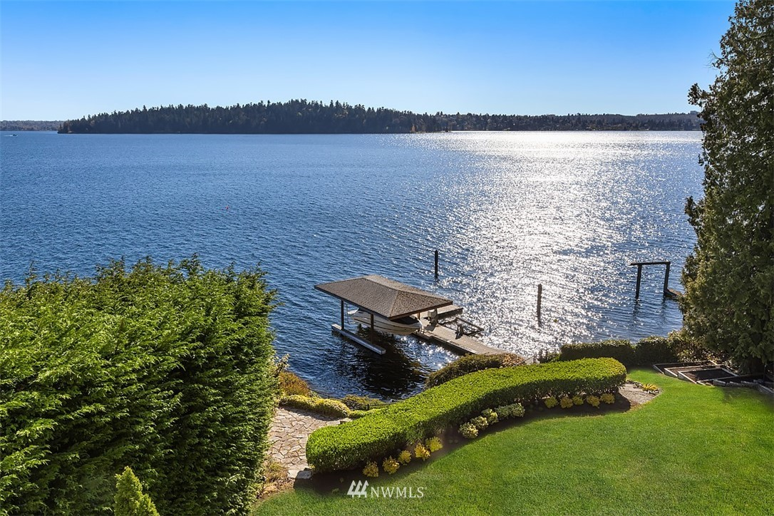 4301 Forest Avenue, Mercer Island, Washington 98040, 5 Bedrooms Bedrooms, ,3 BathroomsBathrooms,Residential,For Sale,Forest,NWM1760361